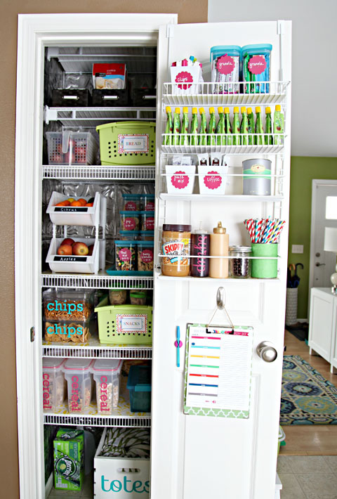 kitchen pantry organization tips an organized pantry the silberez 5487