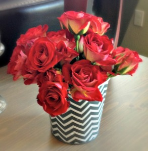 red roses in chevron tin